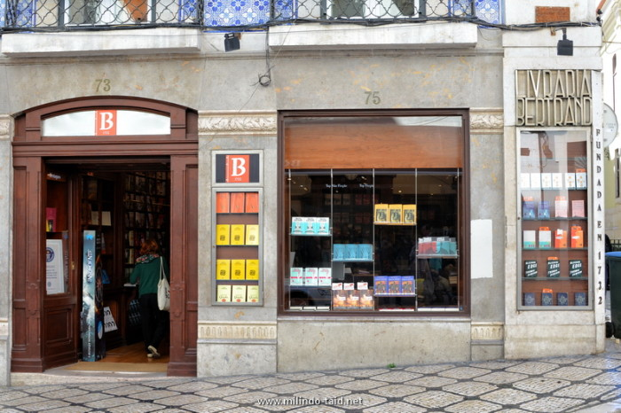 A look at the oldest operating bookstore in the world!